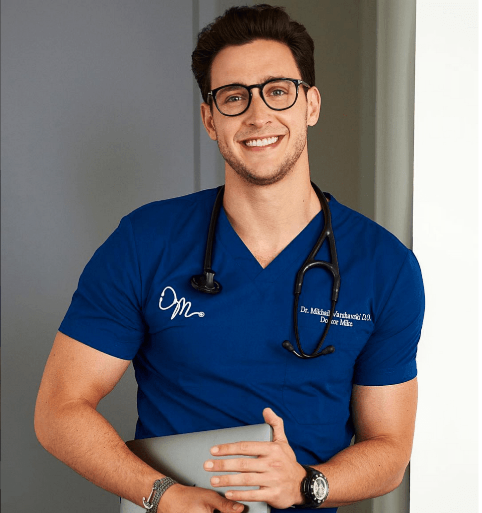 hot doctor Mike | doctor instagram HealthCare.com