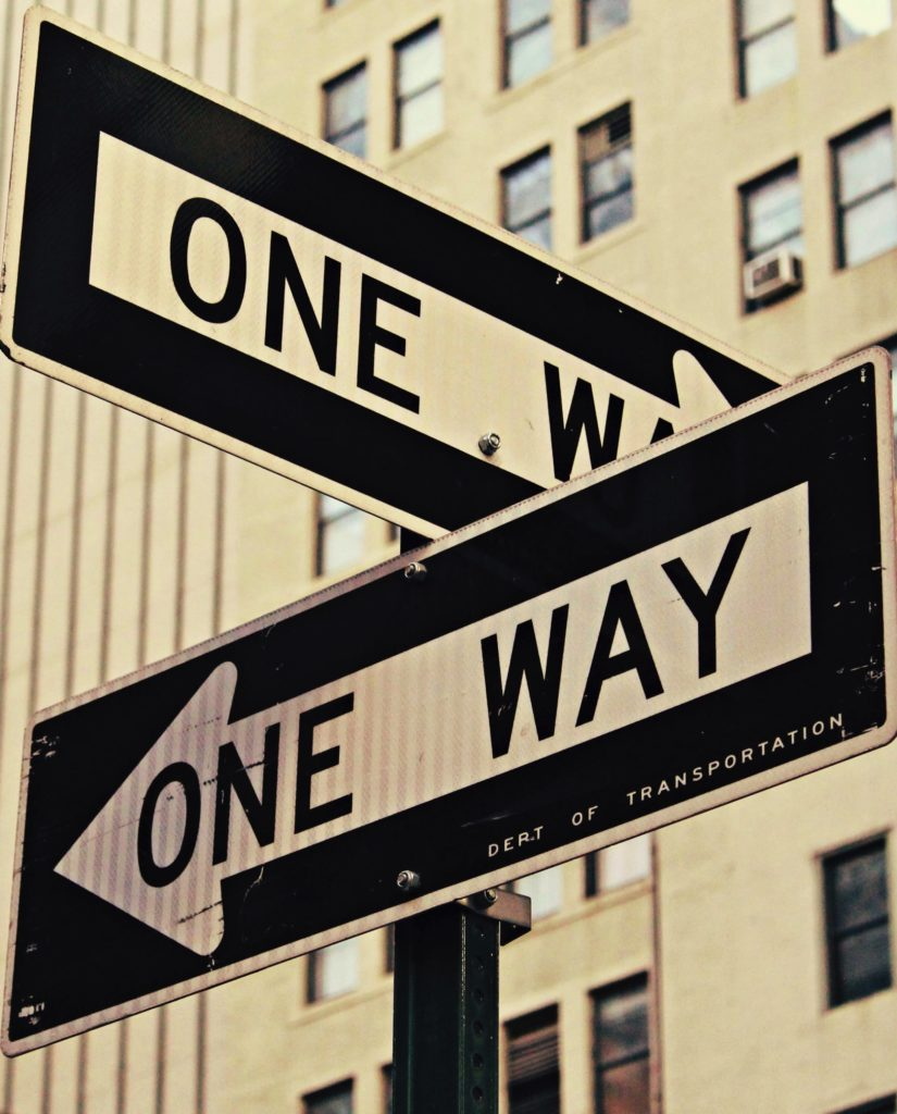 2 one-way signs for states with individual mandate choice | HealthCare.com