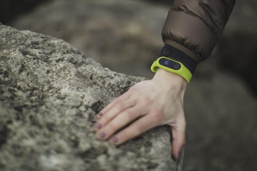 fitbit   activity tracker health plan benefits