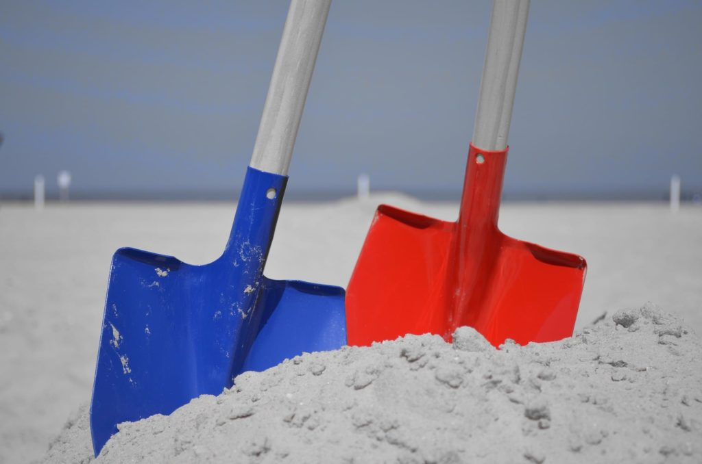 2 shovels different colors | medicare medicaid differences